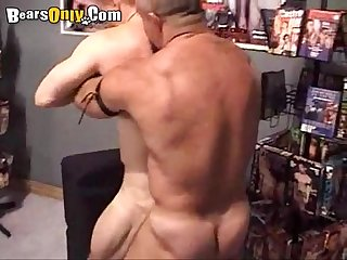 Furry dad fucks hairy bottom