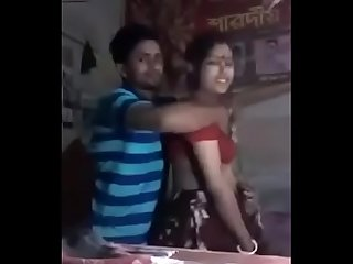 Desi bengali wife enjoyed by her lover in front of cam