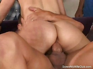 Blonde swinger fuck and blow