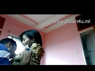 Www indian4u ml indian Desi babe roshni juicy boobs sucked gives blowjob to bf