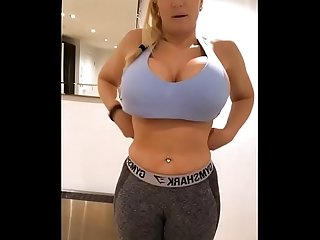 Live chat big tits and ass twitter thesophiejames