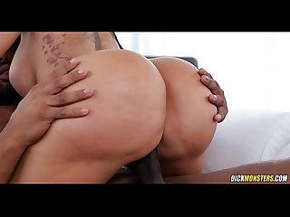 Big Booty Bouncing on BBC