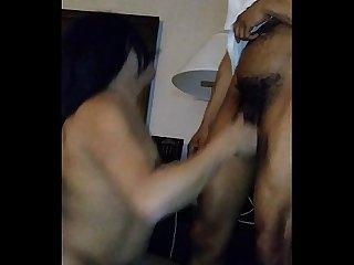 Moreno bergudo culiando a Elizabeth Olmos shemale