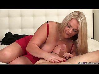 Ov40 huge titte blonde milf handjob